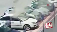 Adana'da yanan otomobildeki engellinin kurtarılma anı