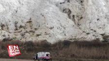 Pamukkale'de travertenlere düşen yamaç paraşütü pilotu yaralandı