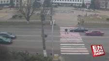 Ukrayna'da, Türk vatandaşına otomobil çarpma anı