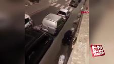 Belçika polisi, kelepçeli şüphelinin kafasını tekmeledi