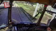 Su içen kedi için tramvayı durdurdu