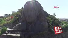 Atatürk maskı temizlendi