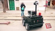 Tunus'ta sokağa çıkma yasağı kontrolü robotlara emanet