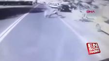 Kazakistan'da çocuğunun peşinden koşarken otobüs ezdi