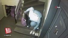 Apartmanda ayakkabıları seçerek çalan hırsız