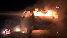 Emanet aldığı otomobil alev alev yandı