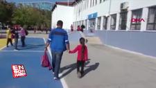 Babasının okusun diye yol yaptığı kız, servis engeline takıldı
