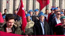 Kayseri'de canlı bomba saldırısında şehit olan 15 asker, anıldı