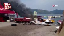 Marmaris'te su sporları malzemeleri yandı