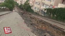 Üsküdar'da yağış sonrası yol çöktü
