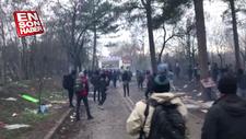 Yunan askerleri göçmenlere biber gazı ve ses bombası atıyor