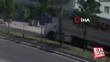 Van'da tırın önüne atlayan şahıs ağır yaralandı