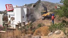 Bodrum'da kaçak yapılar yıkılıyor