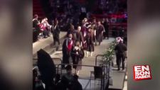 Üniversiteli genç mezuniyet sevincini abarttı