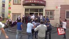 Eylem yapan anne ile HDP'liler arasında gerginlik