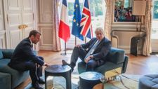 Boris Johnson'ın rahatlığı olay oldu