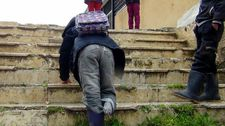 İdlibli Ahmed, okula yürüyerek gitmek istiyor