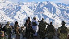 Karlı dağlarda vatan nöbeti