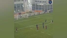 Emre Belözoğlu'ndan idmanda klas gol
